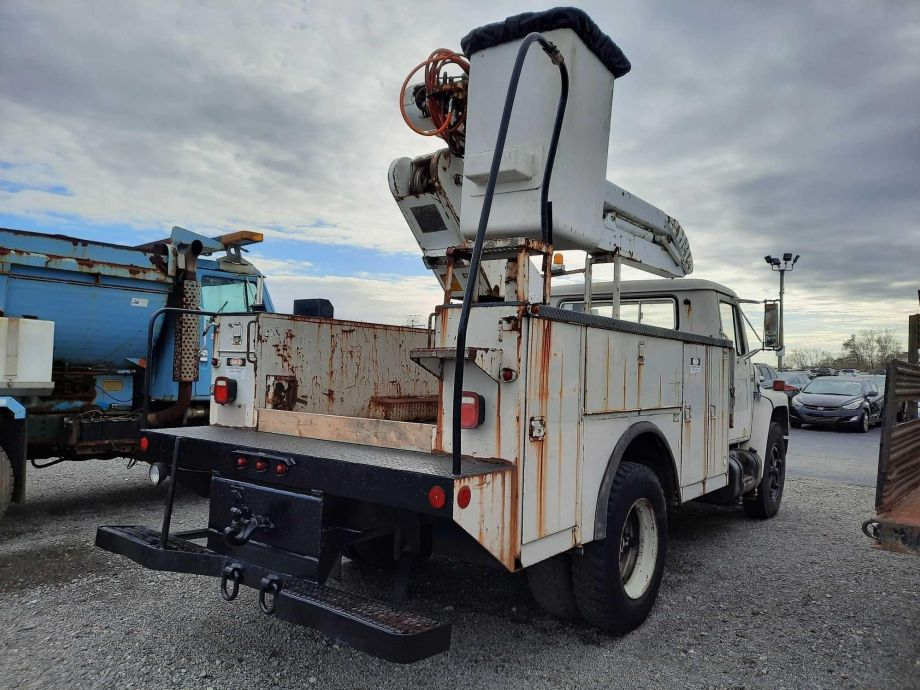 Image for BROKERAGE SALE | 1987 International S1600 Bucket Truck | Purchase On Site