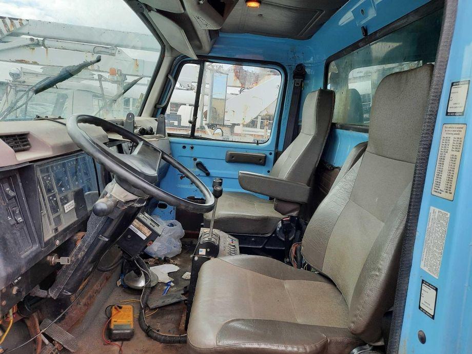 Image for BROKERAGE SALE | 2001 International 13' Salt Spreader T/A Dump Truck W/ Snow Plow | Purchase On Site